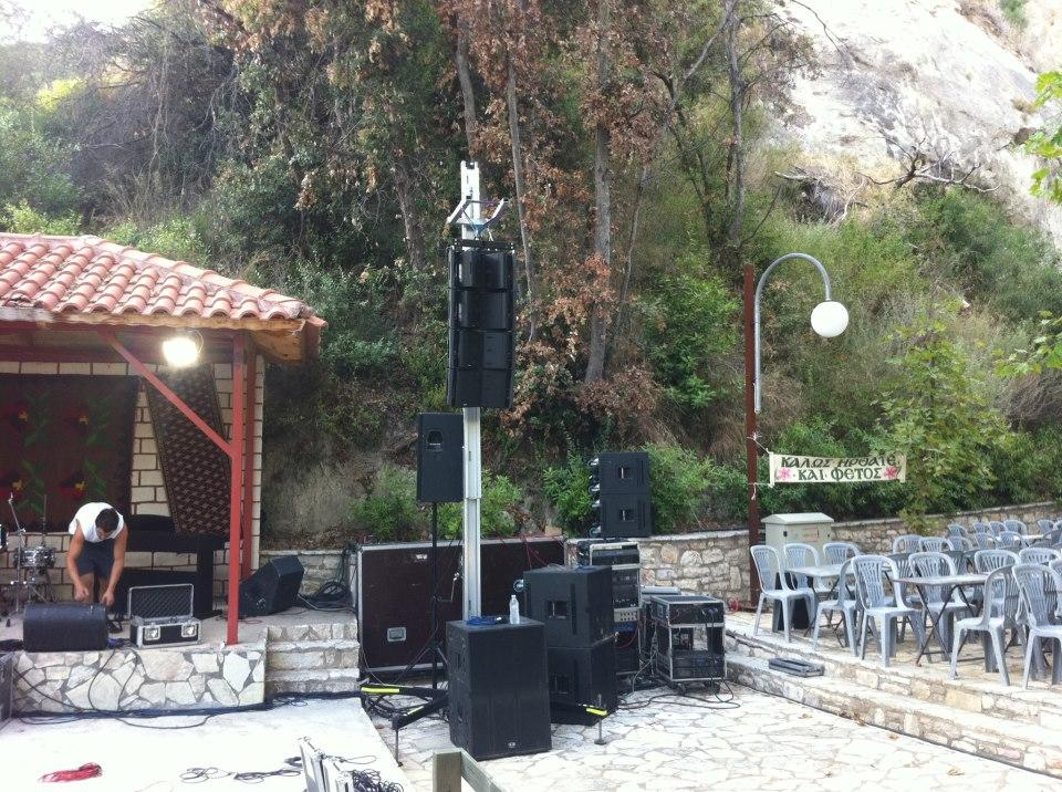 Sound equipment for terrace @ Kyparissia, Messina (Greece)