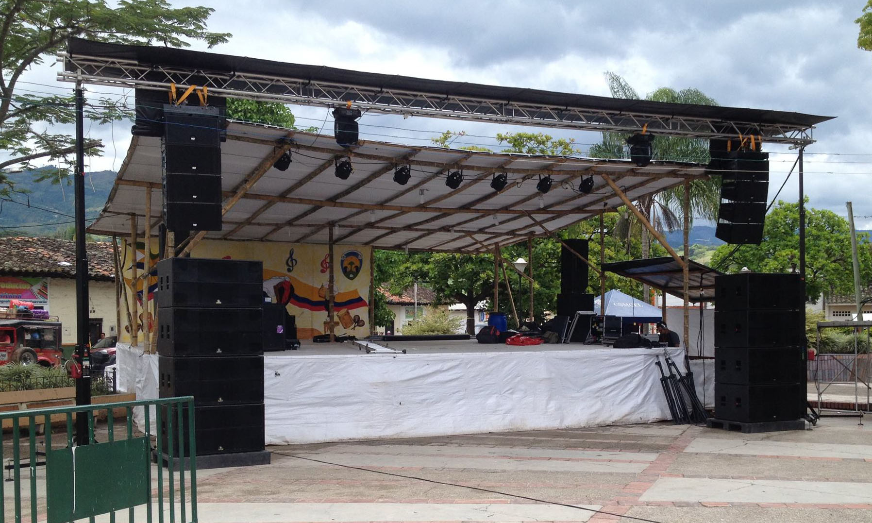 Stage @ (Colombia)