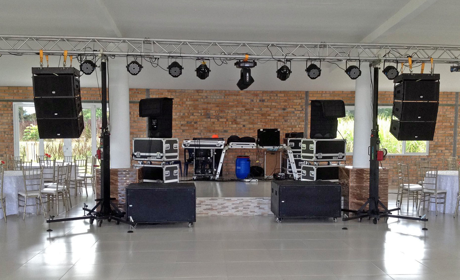 Sound assembly Grupo Llanero @ (Colombia)