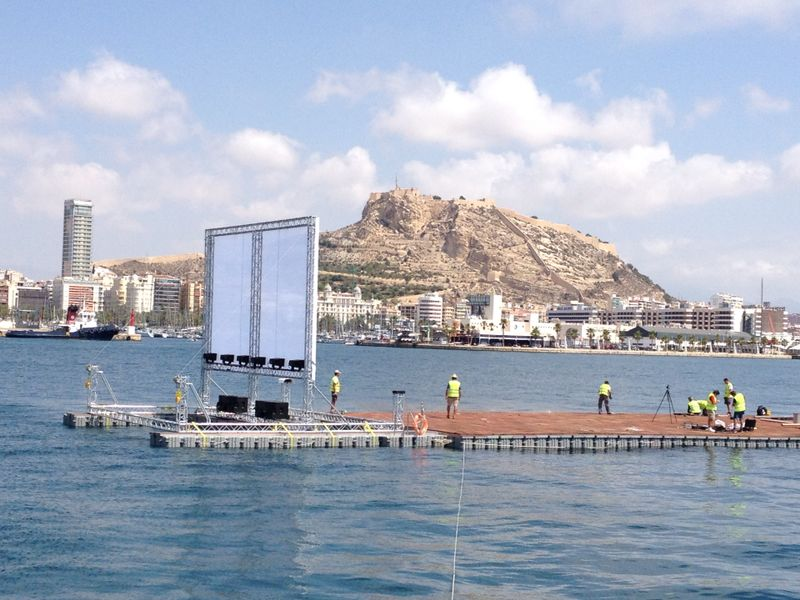 Floating Cinema  Screen @ Marina Alicante (Spain)
